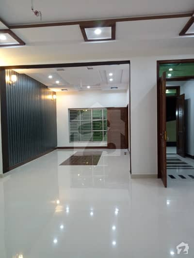New House 10 Marlas For Sale