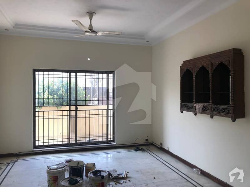 Prime Location 1 Kanal Beautiful Lower Portion With Basement Hall For Rent In Dha Phase 4 Block Dd