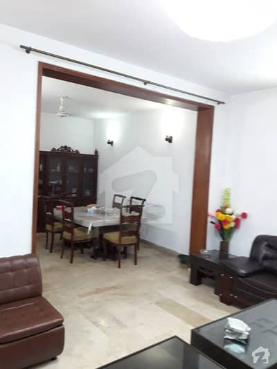 Near McDonald 10 Marla Ideal Bungalow For Sale In DHA Phase 3