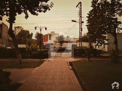 Park facing Safe  Ideal location 2 Kanal Bungalow Available for Sale in Peshawar Cantt