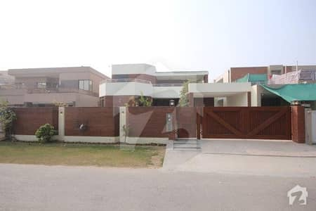 1 Kanal Fully Renovated House for Rent in Phase 1