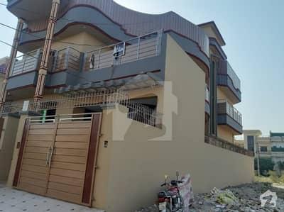 حیات آباد فیز 7 - ای6 حیات آباد فیز 7 حیات آباد پشاور میں 9 کمروں کا 10 مرلہ مکان 3.8 کروڑ میں برائے فروخت۔