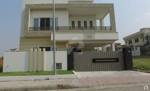 BAHRIA TOWN PHASE 8 F1 BLOCK 10 MARLA BRAND NEW HOUSE FOR SALE