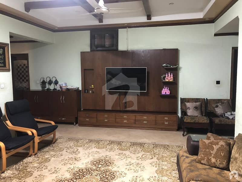 1 Bed Room  Available For Rent On Good Location