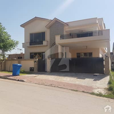Sector C Kanal House For Sale With Basement