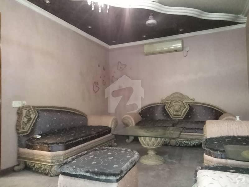 کلفٹن ۔ بلاک 5 کلفٹن کراچی میں 4 کمروں کا 10 مرلہ مکان 9 کروڑ میں برائے فروخت۔