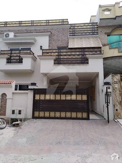 F-11 Islamabad House Beautiful Location Urgent Sale