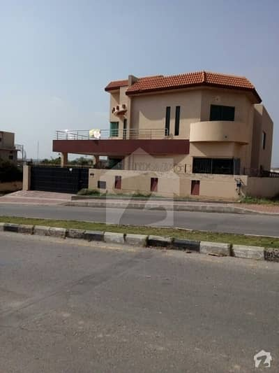 House For Rant  1 kanal Bahria town pahse 3