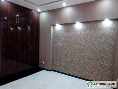 Semi Furnished Room Available For Rent For Bachelors