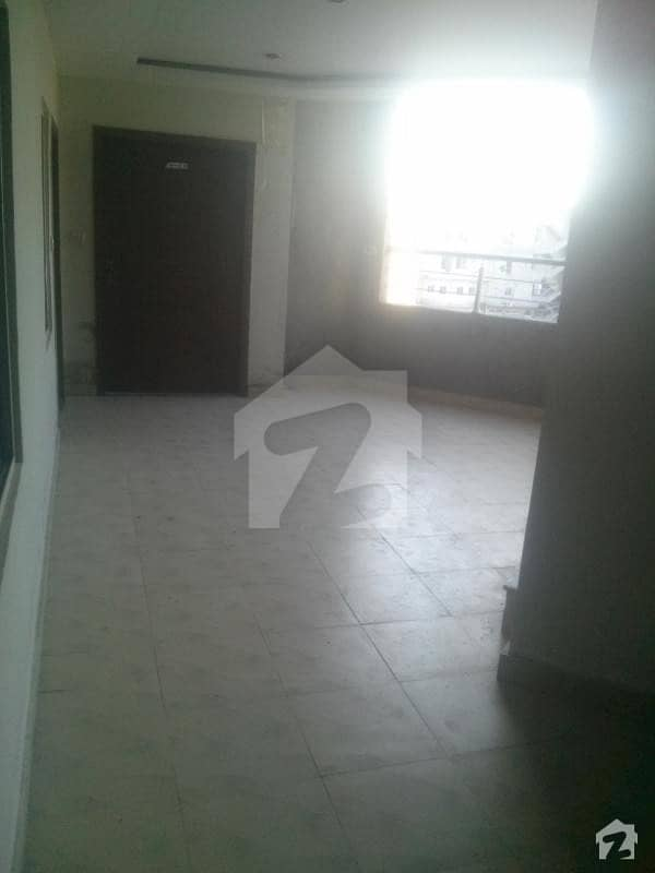 One Bed Family Apartment Available For Rent