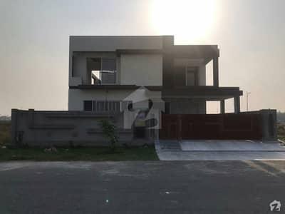 ڈی ایچ اے فیز 7 - بلاک وائے فیز 7 ڈیفنس (ڈی ایچ اے) لاہور میں 5 کمروں کا 1 کنال مکان 1.2 لاکھ میں کرایہ پر دستیاب ہے۔