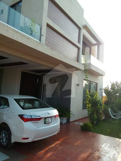 Excellent Lavish Option 1 Kanal 5 Bed Full House Available For Rent