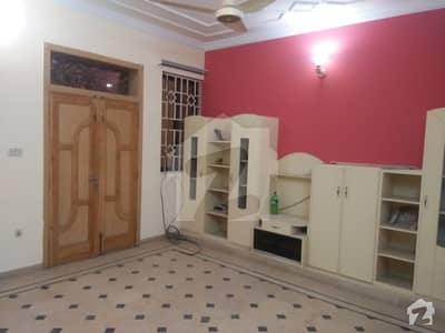 semi new full house for rent in D BLOCK Satellite town