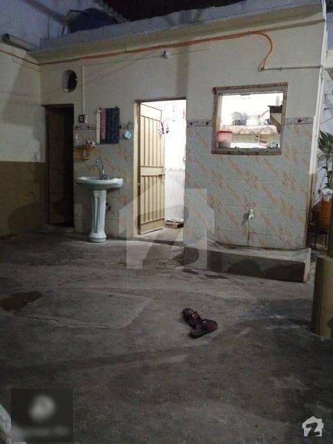 شیرپاؤ کالونی لانڈھی کراچی میں 5 کمروں کا 1 مرلہ مکان 70 لاکھ میں برائے فروخت۔