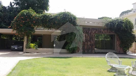 4 kanal House In Sector G 6 Islamabad For Sale on Main Atta Turk Road