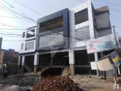 گرلز کالج روڈ بہاولپور میں 2 کمروں کا 2 مرلہ فلیٹ 45 لاکھ میں برائے فروخت۔