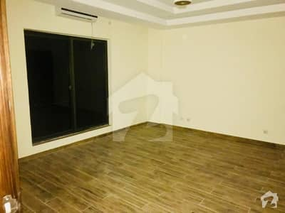 Luxury Furnished House Is Available For And Vip Maintenance