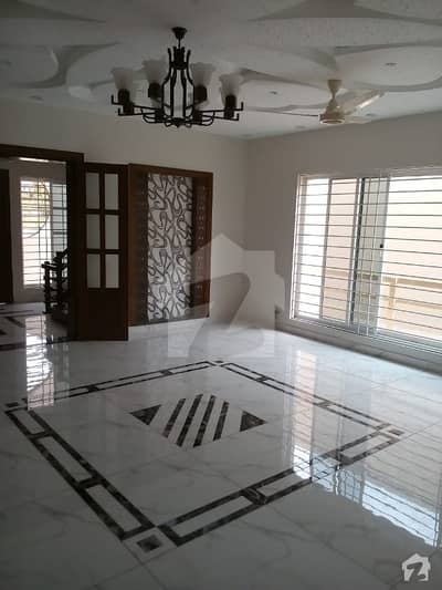 Warda Hamna 2 Bed Flat For Rent