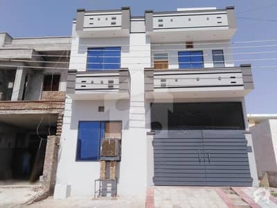 جوہر ٹاؤن بہاولپور میں 5 کمروں کا 5 مرلہ مکان 75 لاکھ میں برائے فروخت۔