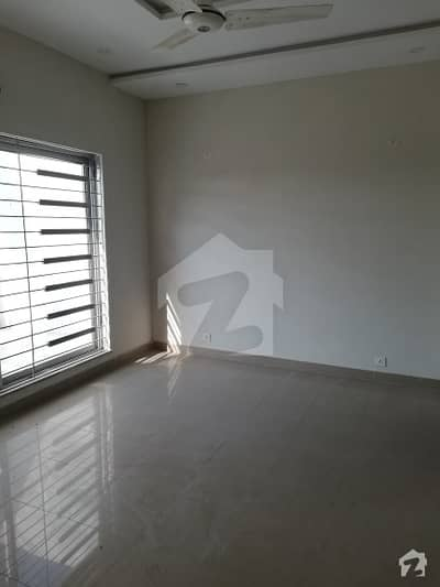 10 UPPER PORTION FOR RENT CANAL GARDEN NEAR BAHRIA TOWN LAHORE With Gas ALL FACILITIES AWIALABLE
