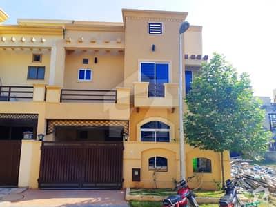 Outstanding Main Boulevard House