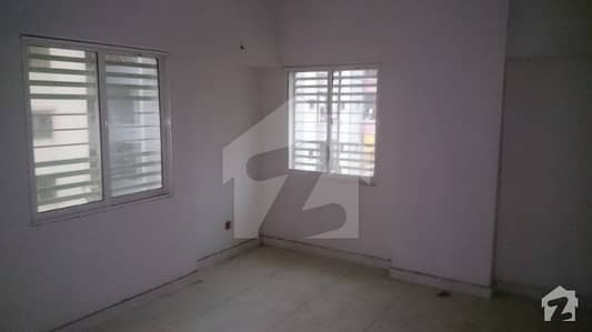 2 bed dd  ground floor  900 sqrft  parking  parsi colony  soldier Bazar  garden east  garden west  Karachi
