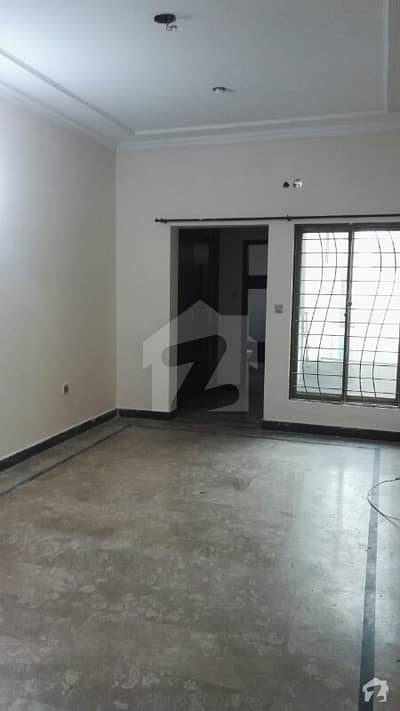 12-Marla 2-Bedroom's Lower Portion For Rent in PAF Officers Colony Saddar Cantt Lahore.