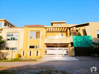 8 Marla Brand New House For Sale On Prime Location