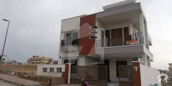 Bahria town phase 8 10marla brand new double unit house with 5bed perfectly constructed on investor rate final 186cror