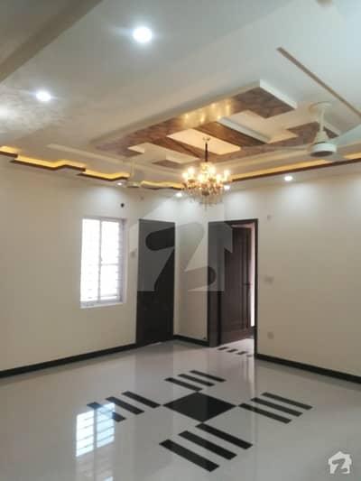 پی آئی اے ہاؤسنگ سکیم ۔ بلاک ایف پی آئی اے ہاؤسنگ سکیم لاہور میں 3 کمروں کا 10 مرلہ بالائی پورشن 45 ہزار میں کرایہ پر دستیاب ہے۔