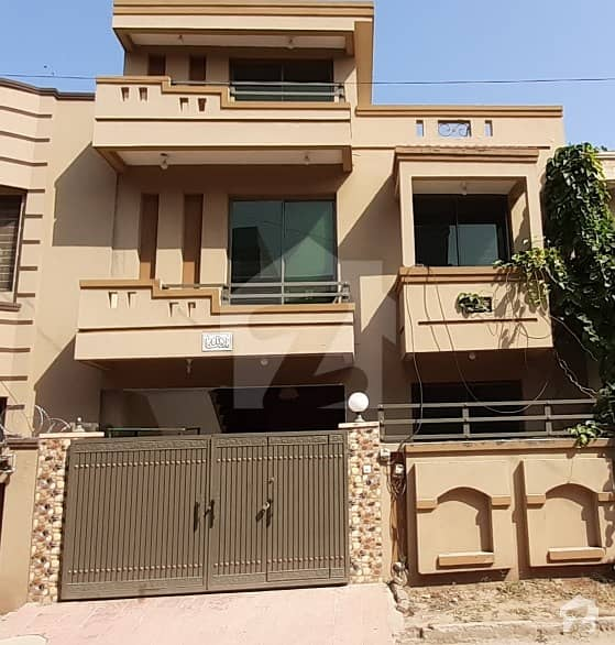 Double Storey House  For  Sale  At Airport Housing Society Sector 4