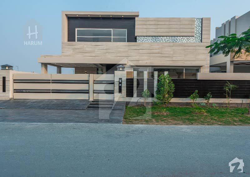 1 Kanal Brand New Modern Design Bungalow For Sale In DHA