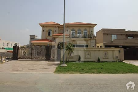 20 Marla Luxurious Designer Bungalow For Sale At Dha Phase 3