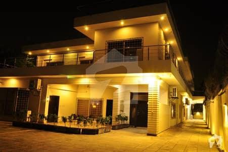 جی ۔ 6/3 جی ۔ 6 اسلام آباد میں 11 کمروں کا 2.56 کنال مکان 15 لاکھ میں کرایہ پر دستیاب ہے۔