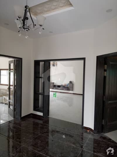 Brand New 1 Kanal Lower Portion For Rent Located In Dha Phase 5