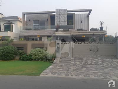 1 Kanal Luxury Bungalow For Rent In DHA Phase 5