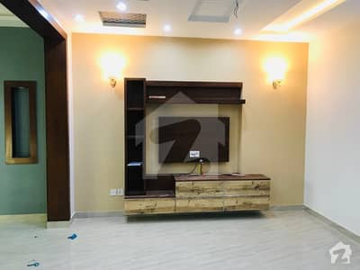Brand New 5 Bed House Available for Rent