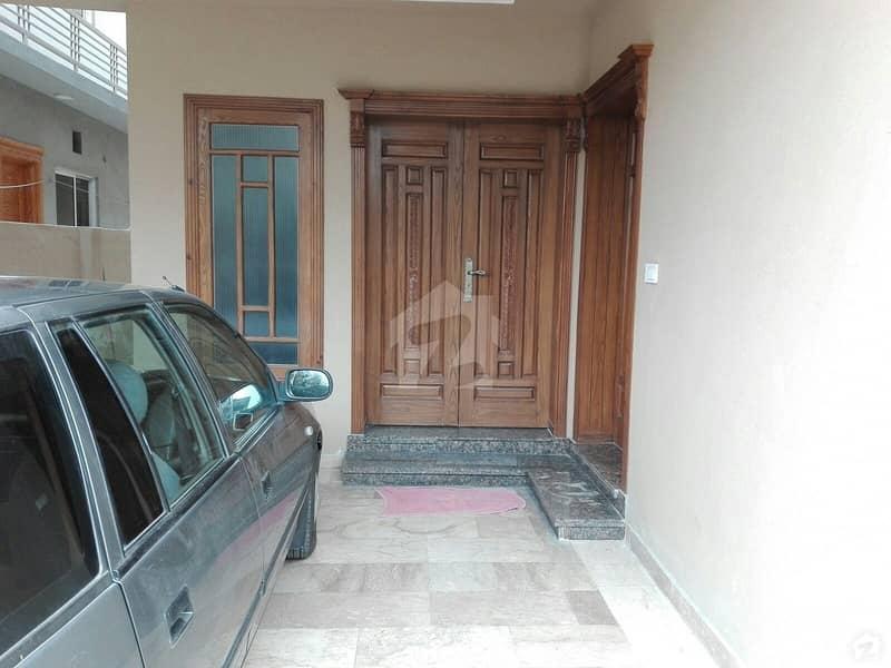 بحریہ ٹاؤن فیز 3 بحریہ ٹاؤن راولپنڈی راولپنڈی میں 5 کمروں کا 10 مرلہ مکان 2.45 کروڑ میں برائے فروخت۔