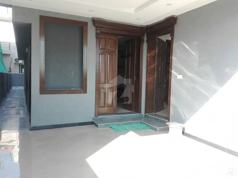 Cornish Road Double Storey & Double Unit House Is Available For Sale