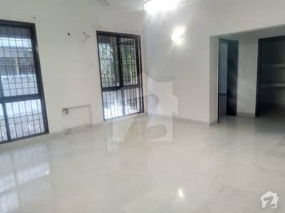 Zameen Offers 1 Kanal Full Renovated House With Basement For Rent