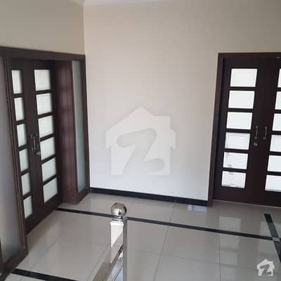 500 Sq Ft 2 Bed Apartment Is Available For Rent