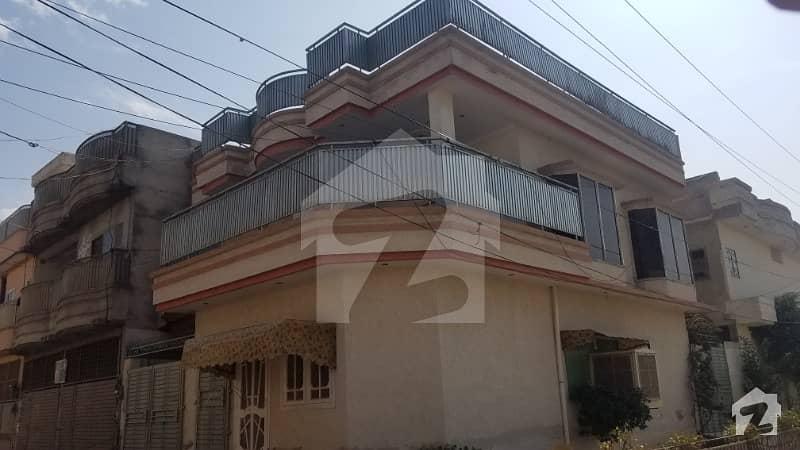 حیات آباد فیز 6 - ایف3 حیات آباد فیز 6 حیات آباد پشاور میں 2 کمروں کا 5 مرلہ بالائی پورشن 15 ہزار میں کرایہ پر دستیاب ہے۔