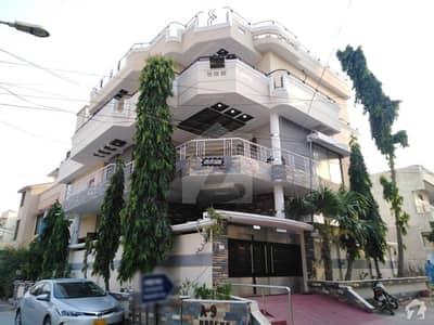 گلستان جوہر - بلاک 16-A گلستانِ جوہر کراچی میں 11 کمروں کا 10 مرلہ مکان 4.25 کروڑ میں برائے فروخت۔