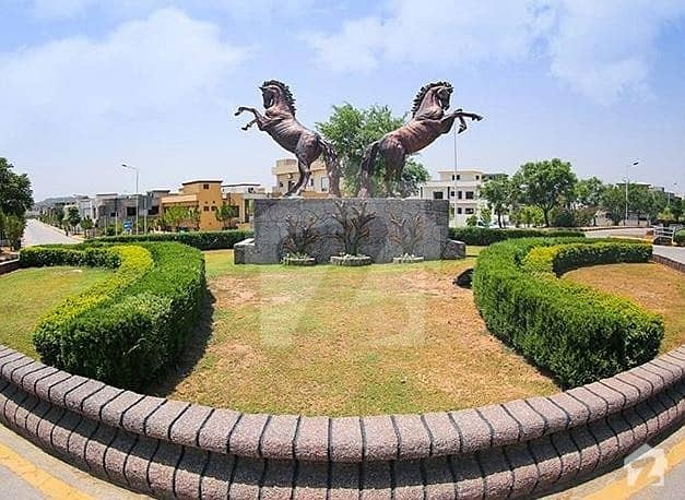 Low Budget Possession 8 Marla Residential Plot for Sale in J Block Bahria Orchard Lahore