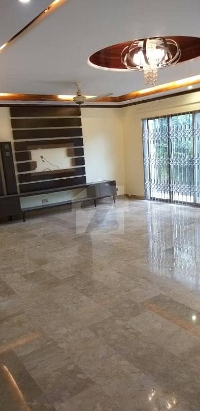 گارڈن ٹاؤن - اتاترک بلاک گارڈن ٹاؤن لاہور میں 5 کمروں کا 1 کنال مکان 4.3 کروڑ میں برائے فروخت۔