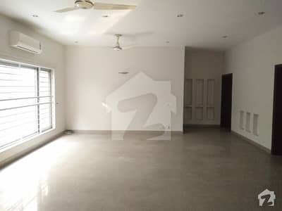 1 Kanal Brand new House For Sale With Reasonable Demand