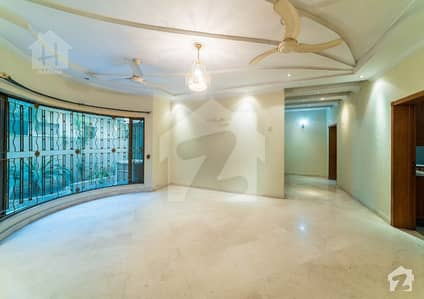 X Block Near Mosque Kanal Well Used House For Sale
