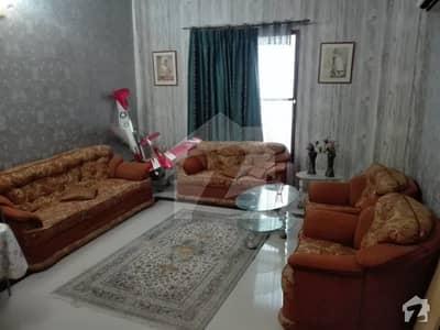 گلشنِ شمیم گلبرگ ٹاؤن کراچی میں 4 کمروں کا 5 مرلہ مکان 1.55 کروڑ میں برائے فروخت۔
