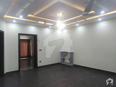 10 Marla Upper Portion For Rent In Bahria Town Phase 8 Block E