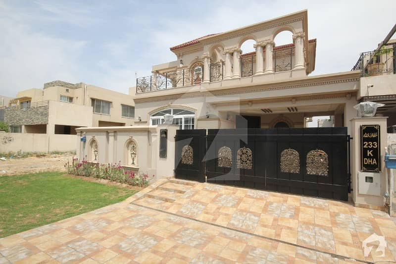 DHA Lahore Grande Excellent Location Brand New 10 Marla  Luxury House For Sale